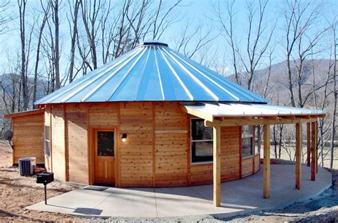 Syria Gets 'yurt'-inspired Luxury Cabins