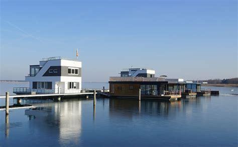 Floating House Kaufen by Hausboot Kaufen Und Wohnen Auf Dem Hausboot Hausboote Mieten