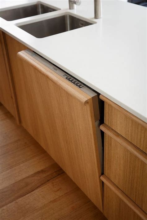 pics of kitchens with oak cabinets reno rumble reveals week 4 two of the best spaces yet 9095