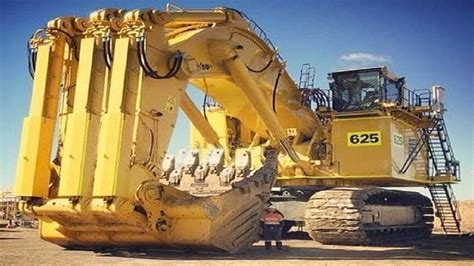 heavy dangerous largest work equipment mega machines