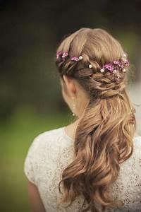 Wedding Hairstyles flower crown Wedding hair floral crowns, Wedding hairstyles long hair and