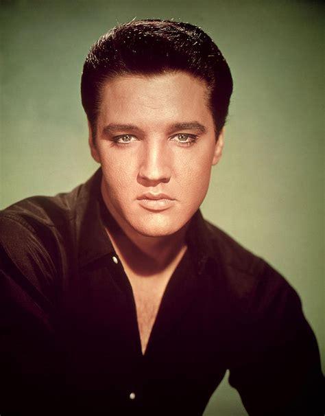 Elvis Presley Artwork by Il Mito Di Elvis Presley Aveva Inizio L 8 Gennaio 1935