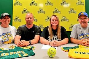The Next Level  Centreville U0026 39 S Russell Signs To Play Softball At Glen Oaks