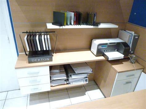 ensemble mobilier pour bureau schmidt modele apagio couleur bois clair bloc 3 tiroirs caissons 2 ti