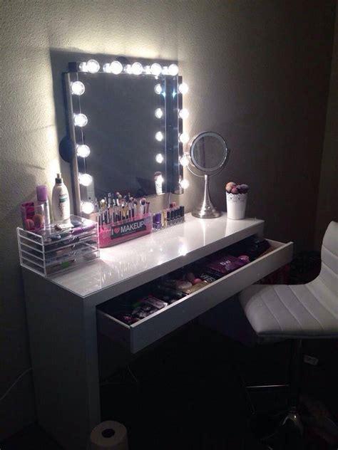 bureau maquilleuse quelques idées quot coin makeup quot so chics spécial commodes