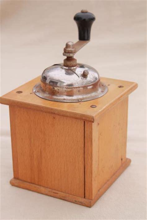 vintage kitchen collectibles crank coffee grinder mills primitive vintage kitchen