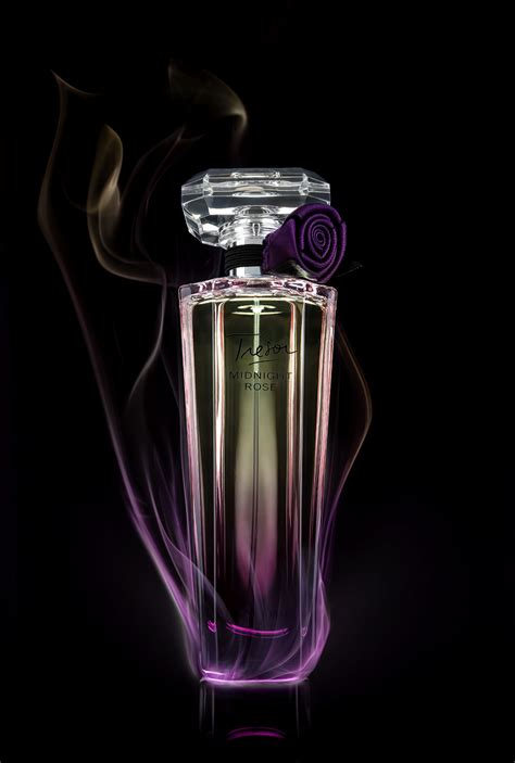studio photography assignment  scent   perfume