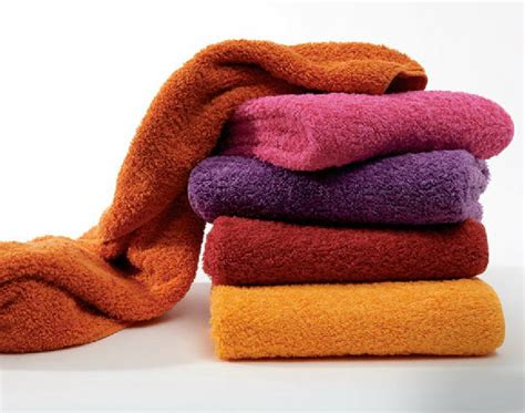 how to wash towels how to sort and wash your laundry laundry tips