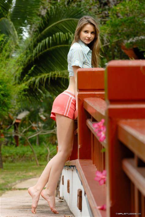 Dasha Crazy Holiday Model Photo Sexy Girls