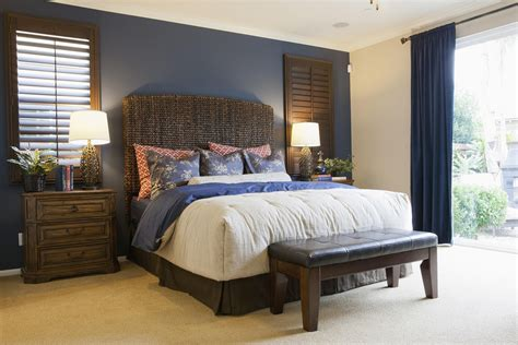 Bedroom Colors With Accent Wall by How To Choose An Accent Wall And Color In A Bedroom