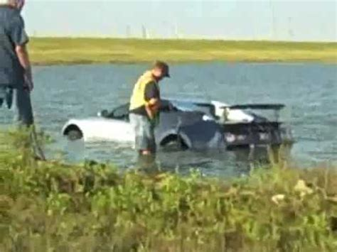 Bugatti Into Lake by Bugatti Veyron Crashes Into Lake