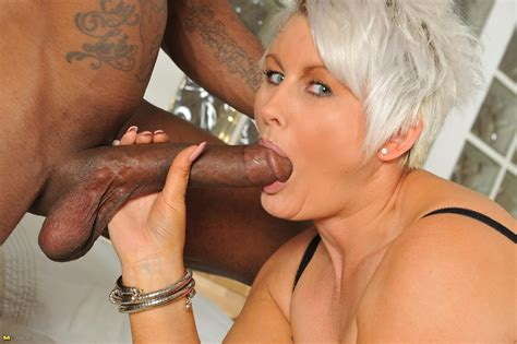 07 In Gallery Mature White Whores And Big Black Cocks