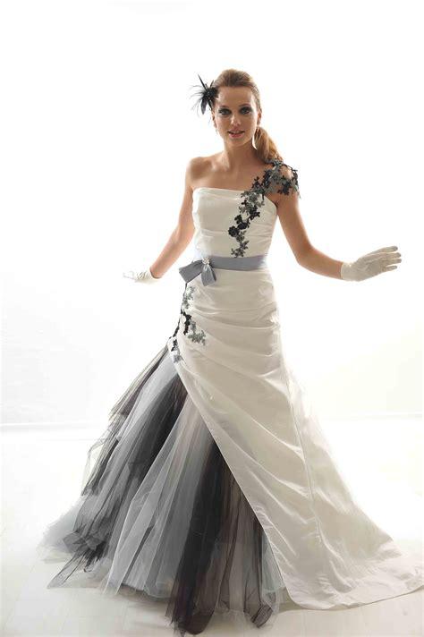 robe de mariage noir et blanche robe mari 233 e blanche et le de la mode
