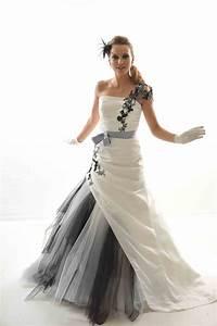 Robe De Mariée Noire : robe mari e blanche et noire le son de la mode ~ Dallasstarsshop.com Idées de Décoration