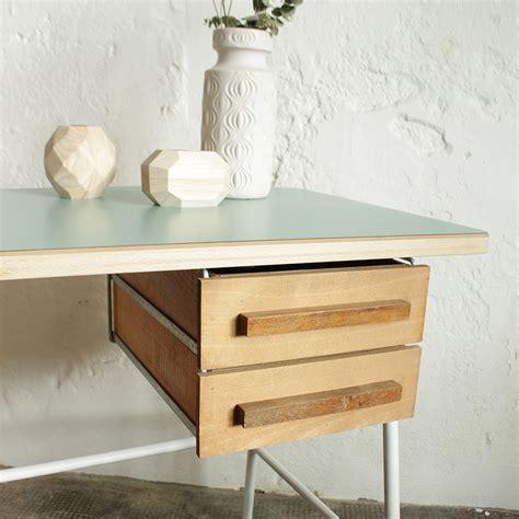 chrome bureau bureau vintage chrome atelier du petit parc