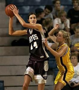 Tallest girl in college basketball: Allyssa DeHaan ...