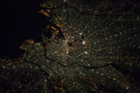 Photo Tokyo At Night As Seen From The International Space