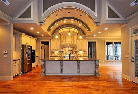 Epic kitchen from the Clarkson Plan 1117! Fabulously open