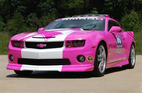 Pink Chevy Camaro Fights Cancer   autoevolution