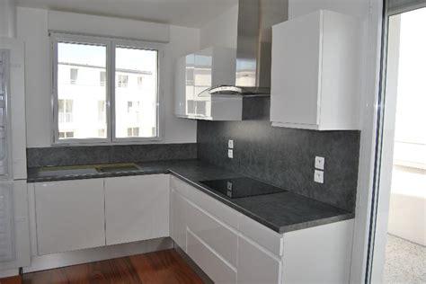 faience grise cuisine superbe faience grise pour salle de bain 11 moderne