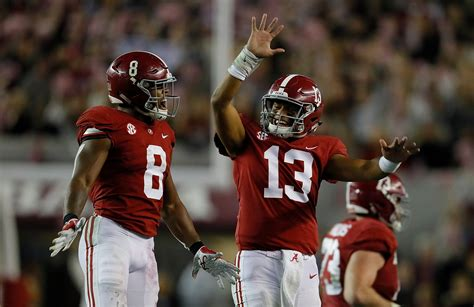tua tagovailoa injury status update alabama quarterback