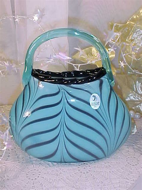 Glass Purse Vase by New Fenton Glass Ltd Dave Fetty Quot Purse Quot Vase Fab Ebay