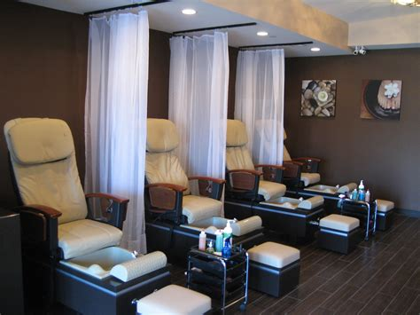 U Home Interior Design Package :  Be Aware Of Your Salons Cleanliness Small Nail
