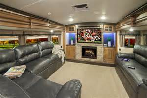 5th Wheel Campers With Front Living Rooms by Montana 5th Wheel Front Living Room Rooms