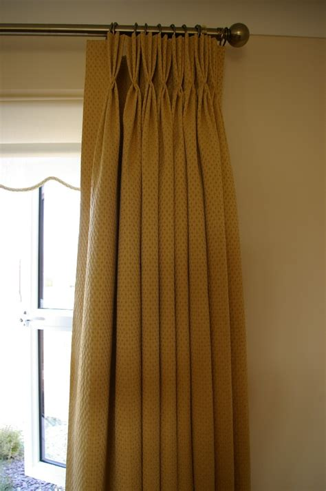 sewing curtains for traverse rods how to sew pinch pleat images pictures photos bloguez