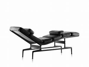 Eames Chaise Herman Miller