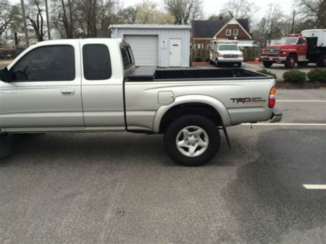 toyota tacoma 2 door find used 2001 toyota tacoma pre runner extended cab