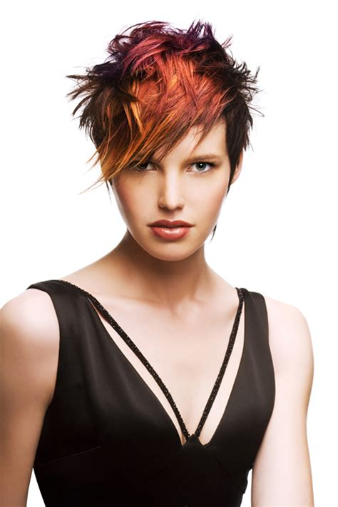 Amazing Short Spiky Haircut For Stylish Women To Look