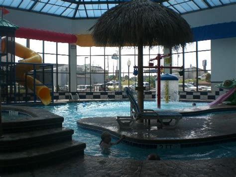 comfort inn suites kent oh the pool picture of comfort inn kent kent tripadvisor