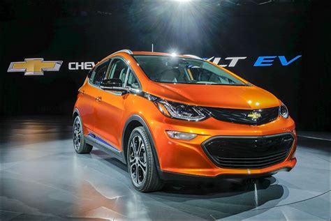 All Electric Cars 2016 by Gm Gets Into All Electric Cars With Bolt Toledo Blade
