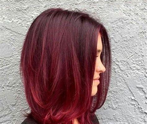 ombre hair vermelho em tons claros escuros  em camadas