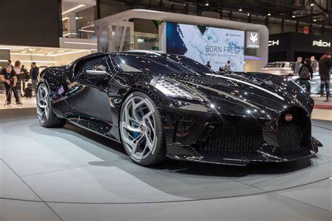 """Cristiano ronaldo has just bought an absolutely incredible new luxury car. Cristiano Ronaldo, la nuova auto Bugatti """"La Voiture Noire"""": quanto vale"""