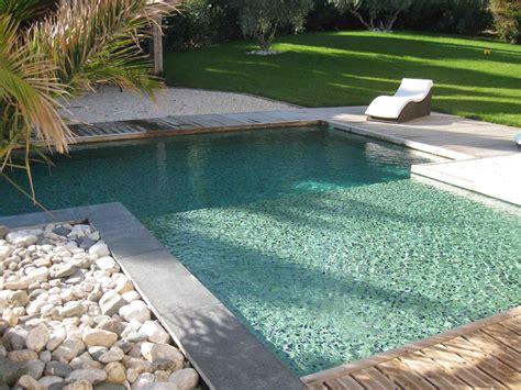 comment couper pate de verre couleur d eau piscine verte en ptes de verre vert profond effet cuivr concept mosaque