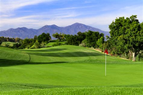 Golf Course Information And Reviews