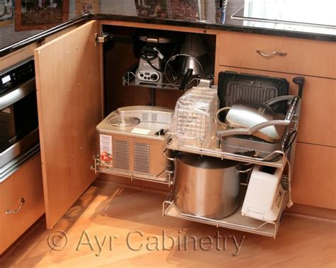 Blind Corner Cabinet Pull Out Unit   WoodWorking Projects