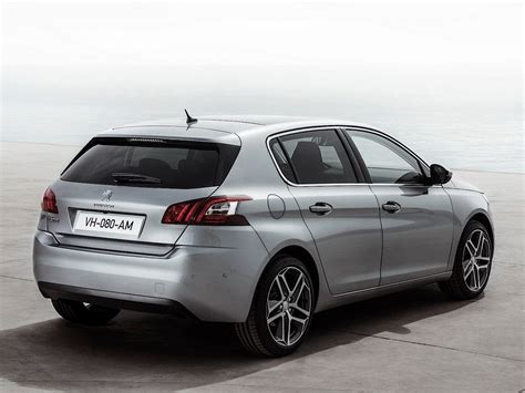 new pictures of 2014 peugeot 308