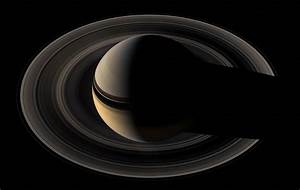 planetary science - Why are the Rings of Saturn so much ...