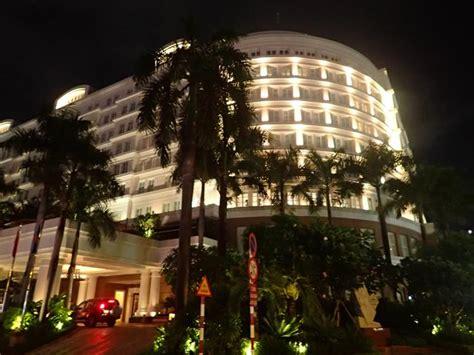 Restaurants Close To The Park Hyatt Saigon Hotel  Ho Chi. Hotel Holiday La Marca. Wuxi Yi Pin Jiang Nan Boutique Hotel. The Chedi Chiang Mai Hotel. Park Hotel Tokyo. Hosteria La AndaluZa. Hyatt Regency Century Plaza Hotel. Universal's Royal Pacific Resort. Lysander Hotel
