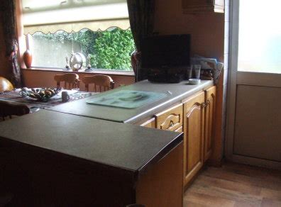 Kitchen Units Counters Sink Cooker Extractor Fan Fridge