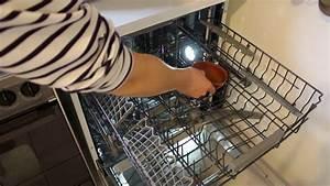 Comment Nettoyer Lave Vaisselle : comment bien nettoyer son lave vaisselle youtube ~ Melissatoandfro.com Idées de Décoration