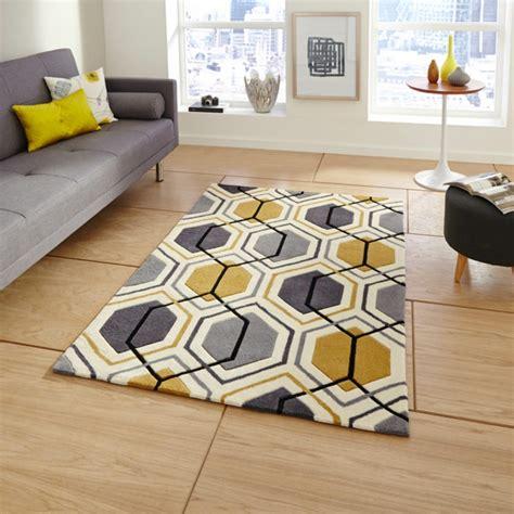 tapis jaune et noir tapis noir et jaune id 233 es de d 233 coration int 233 rieure decor