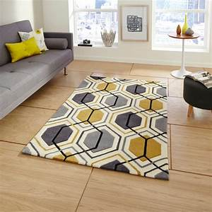 tapis salon jaune idees de decoration interieure With tapis salon jaune