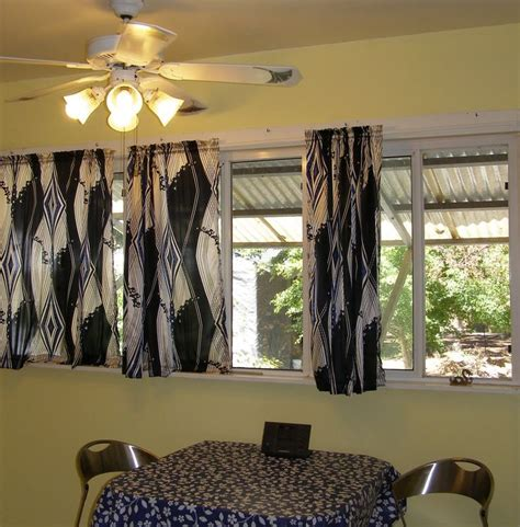 Kitchen Curtains For Wide Windows by Best 25 Window Curtains Ideas On Small