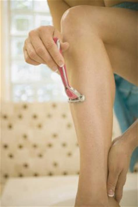 soothe legs burn shaving everyday life