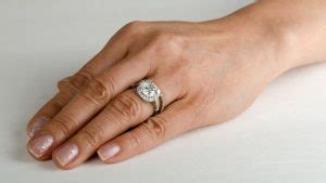 which ring goes the finger estate jewelry