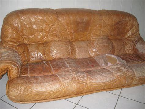 preteatoutfaire un coup de à un vieux canapé